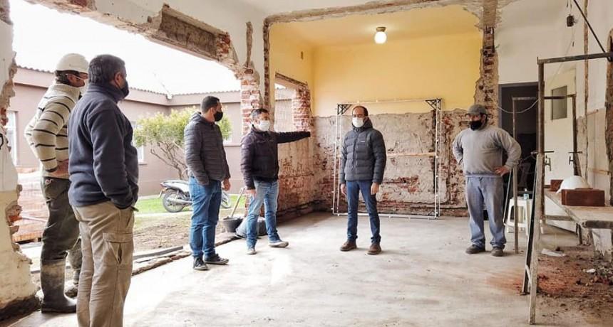 El intendente Pisano recorrió la obra ejecutada para la instalación del nuevo resonador en el hospital Capredoni
