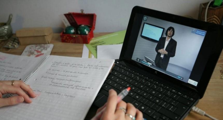 Finaliza el primer cuatrimestre de cursada de enfermería y se preparan las mesas de evaluación de forma virtual