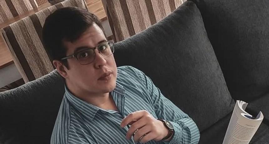 Jorge Salvatierra; 'Cuidemos a nuestros abuelos, son ellos quienes más sufren los cuadros más graves'