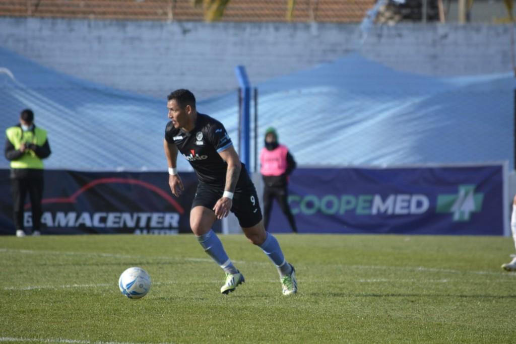 """Alfredo Troncoso:  """"Más allá de hacer dos goles, creo que lo que nosotros necesitábamos era la victoria"""""""
