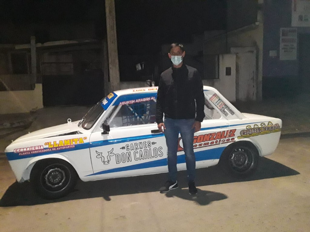 Agustín Aragón presentó su auto para competir en 2021