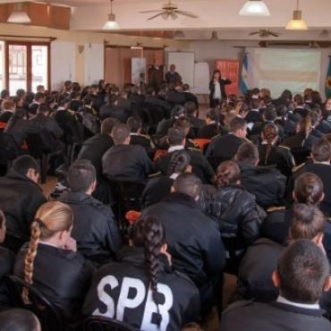 Servicio Penitenciario Bonaerense : Capacitaron a 240 cadetes