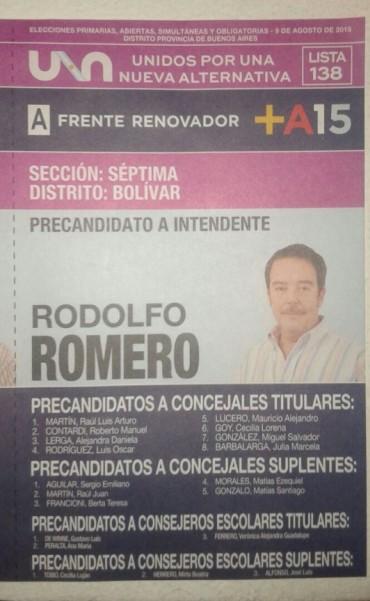 El equipo de 'Rodo' Romero ya entrega sus boletas en las calles de Bolívar