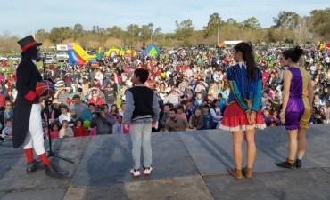 Miles de niños celebraron su día en el parque Las Acollaradas