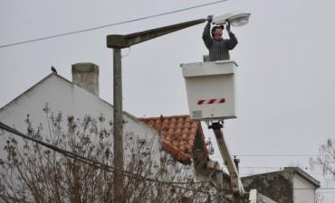 Avanza la colocación de lámparas LED en la ciudad de Bolívar
