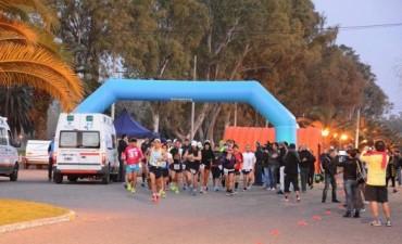 Los ultramaratonistas ya se encuentran corriendo en Bolívar