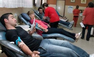 Escuela de Educación Media Nº204 y Hemoterapia de Bolívar: Intensa campaña de Donación de Sangre