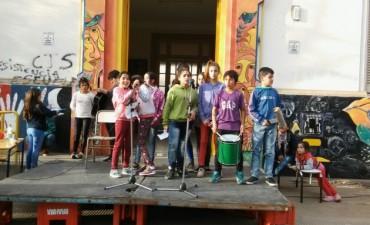 Se realizó con gran éxito el Festival Solidario de la E.P Nº7 y E.P Nº47