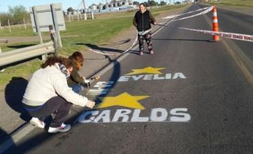 Pintaron 'Estrellas Amarillas' para recordar a Carlos Licera y Evelia Flores