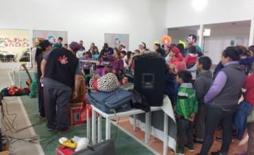 En 3 días intensos, los estudiantes del Voluntariado de Odontología de la Universidad de La Plata atendieron a más de 700 chicos