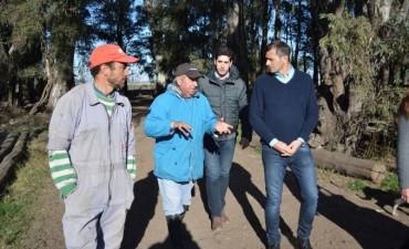 El intendente Bucca visitó el emprendimiento productivo de la familia Garín