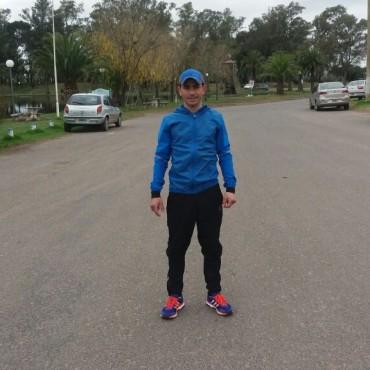 Bussa corrió el fin de semana en la maratón aniversario de Saladillo