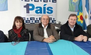 """DIAS ATRÁS, DE MENDIGUREN EN BOLÍVAR: """"La opción no es 'corrupción o ajuste' o te asusto con Cristina para que me votes a mí, sino decir como sacamos a la Argentina de este estancamiento económico"""""""