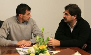 SITUACIÓN HÍDRICA: El intendente Bucca recibió al ministro Sarquís