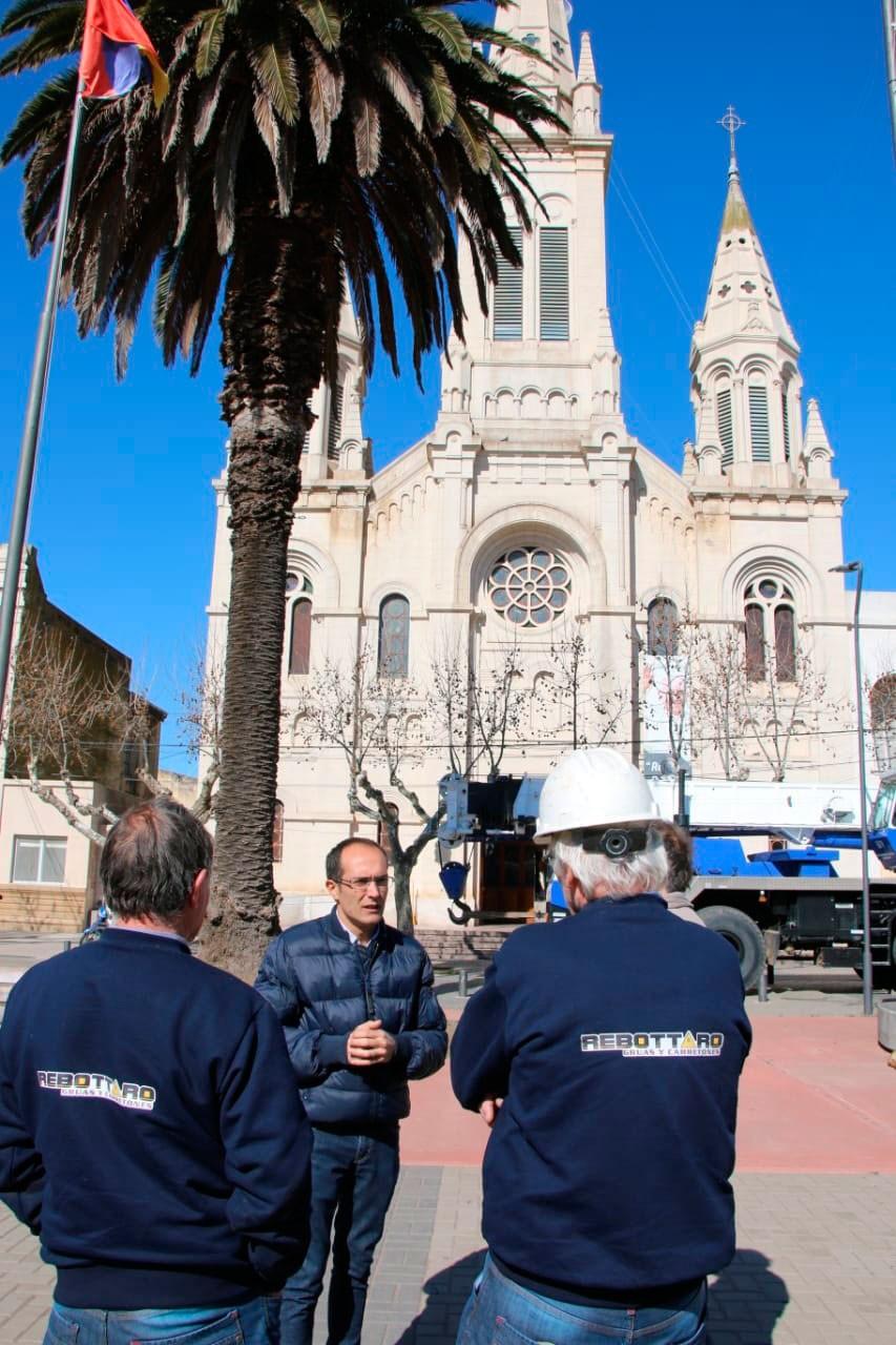 Se lleva a cabo una reparación histórica en la parroquia
