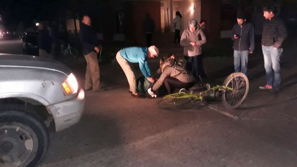 Colisión en Viamonte y Borges: Una ciclista fue hospitalizada