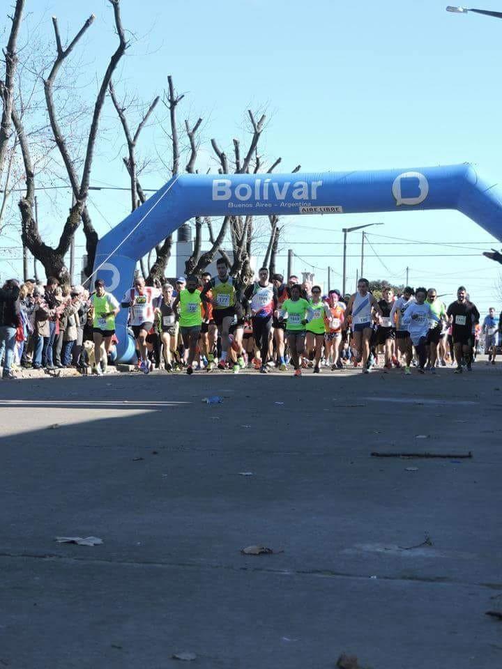 Se corrió la 1º Maratón organizada por la secundaria N.º 6 'Juan Carlos Bellomo'