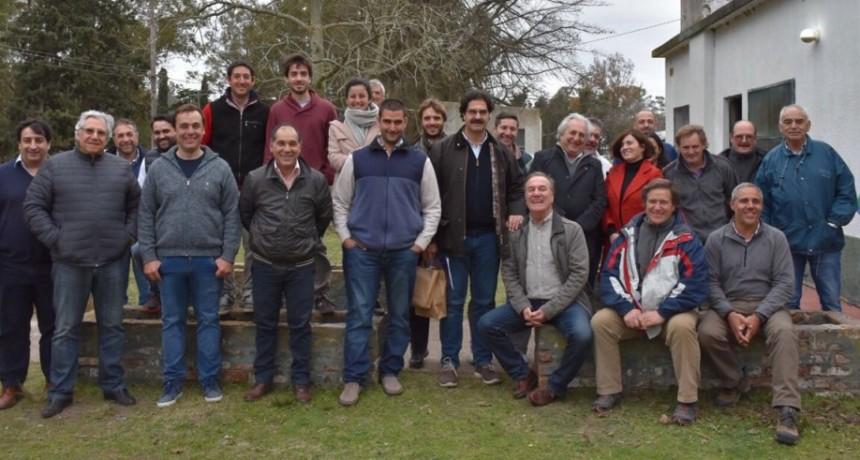Sarquís visitó Salliqueló y Carhué y se reunió con productores