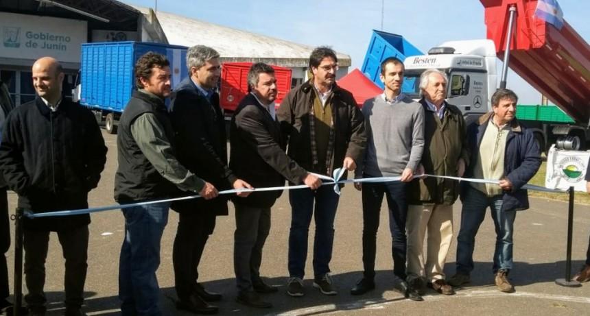 Sarquís visitó Junín y Bragado donde dialogó con productores