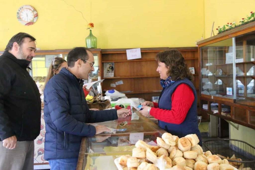 El intendente Pisano visitó panaderías locales