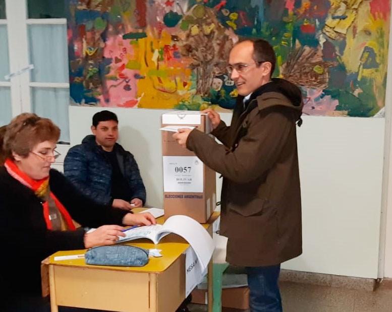 Marcos Pisano: 'Los ciudadanos tenemos la posibilidad de depositar nuestros sueños en las urnas'