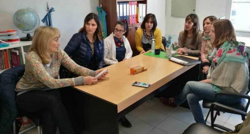 El equipo de educación se reunió con el consultorio externo de desarrollo infantil