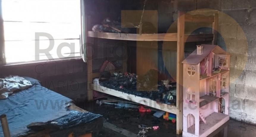 Incendio con perdidas totales en una vivienda de Barrio Villa Diamante