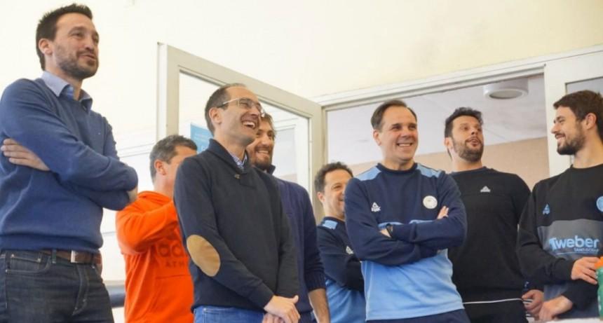 El Intendente Pisano asistió al inicio de temporada de Bolívar Voley