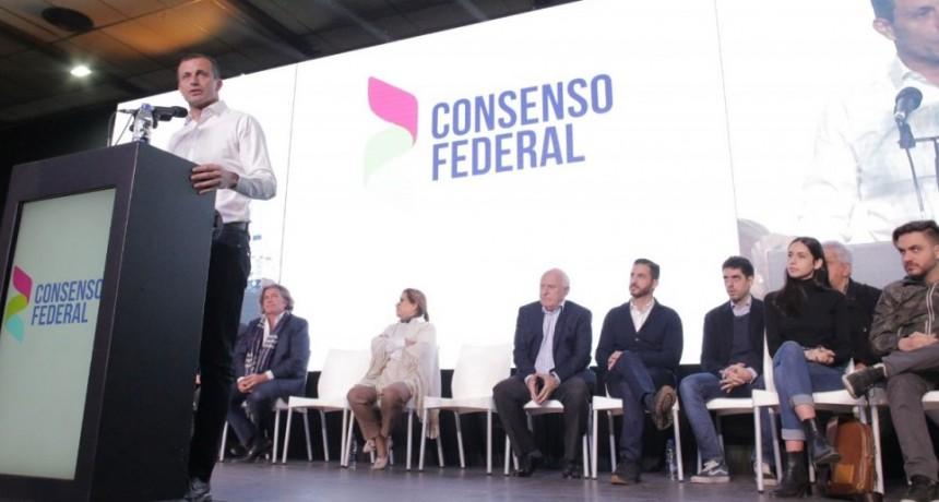 Bucca cerró su campaña como la empezó: en una PYME de tecnología