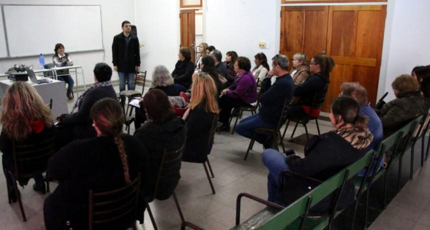 Dirección de Adultos Mayores:  brindaron un taller sobre cuidados