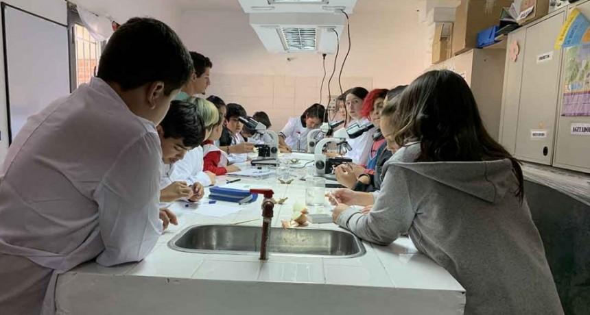 Camuzzi Gas acompaña a más de 6.000 jóvenes en sus estudios y formación