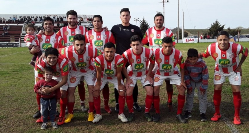 Empleados ganó bien y a Independiente se lo ganaron al estilo 'Pehuajó