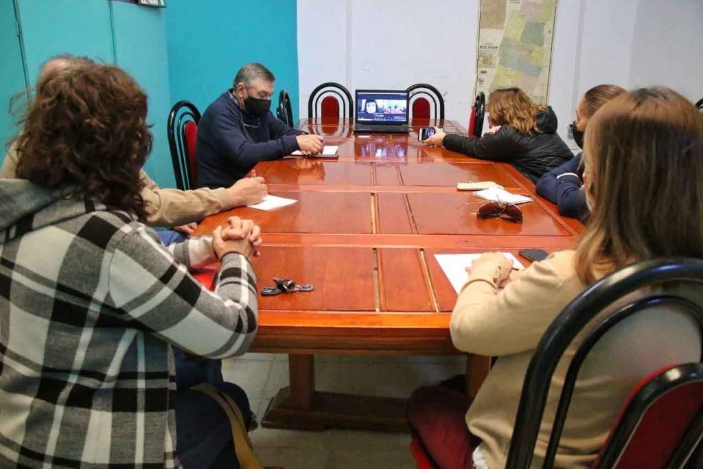 Salud y Producción comenzaron con la campaña preventiva sobre Fiebre Hemorrágica Argentina