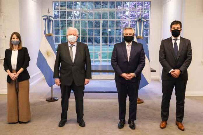 Fernández anunció que Argentina producirá la vacuna y que estaría en el primer semestre de 2021