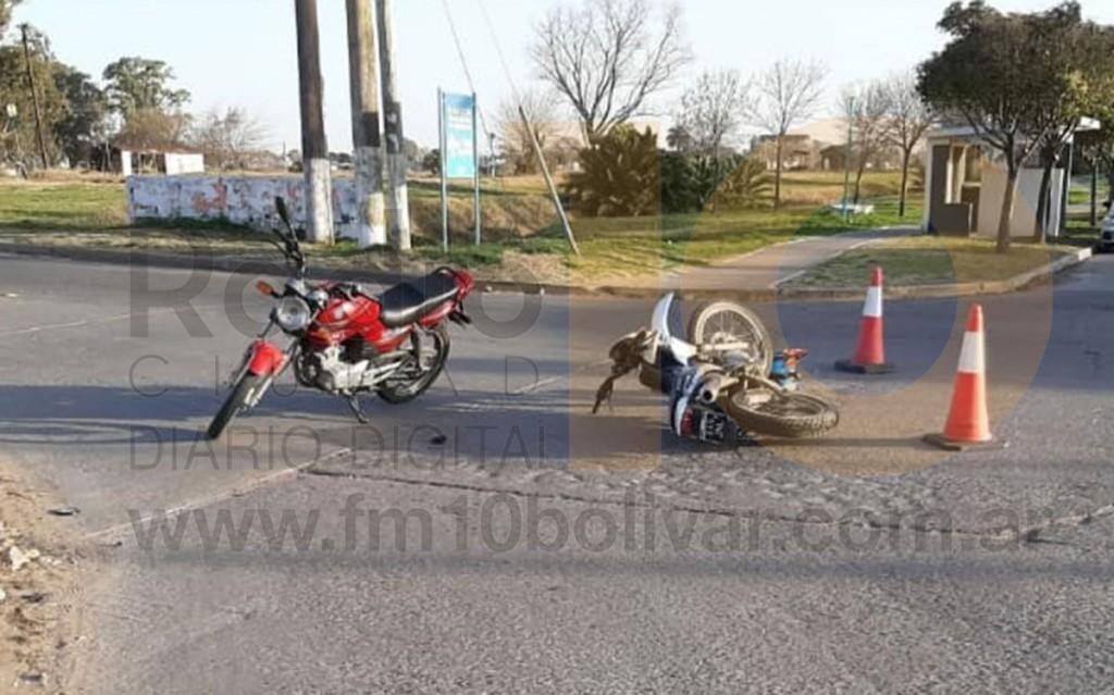 Tres personas fueron hospitalizadas tras el impacto de dos motocicletas