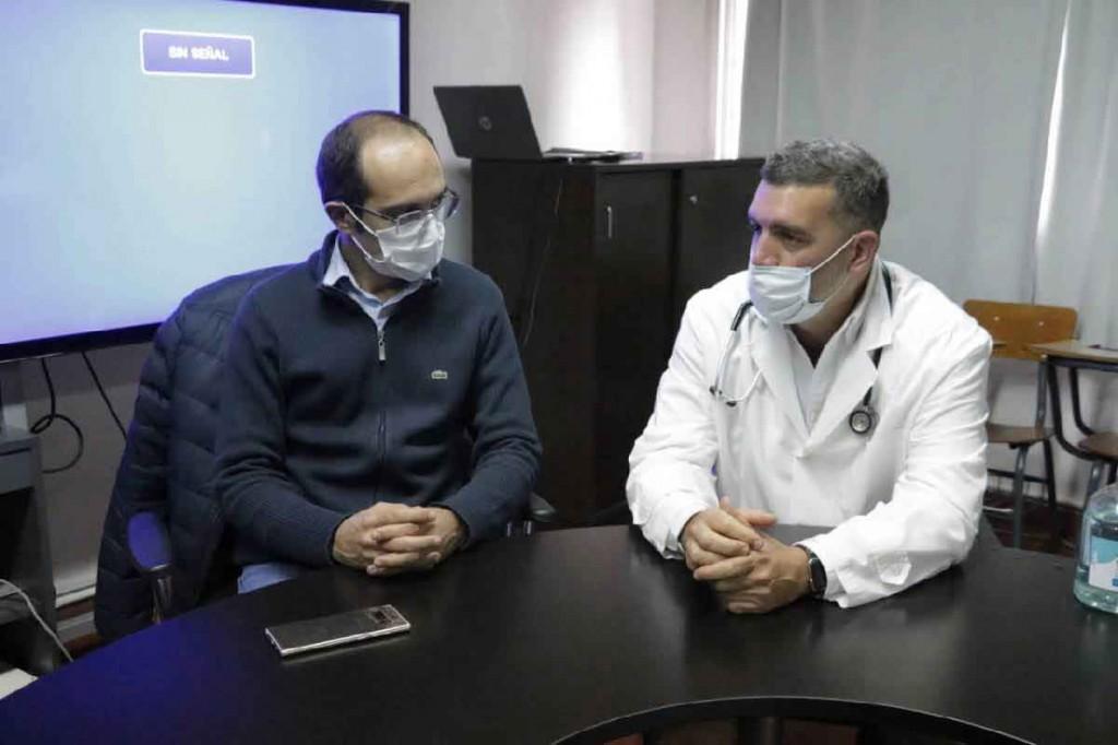 El Dr. Laso obtuvo una beca internacional para capacitarse en la atención de pacientes con COVID-19