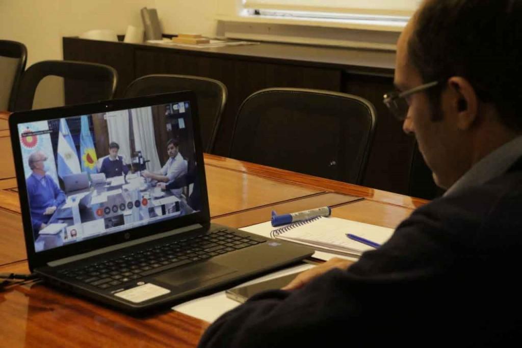 Pisano se reunió con Kicilof y otros intendentes para evaluar la situación epidemiológica de sus distritos