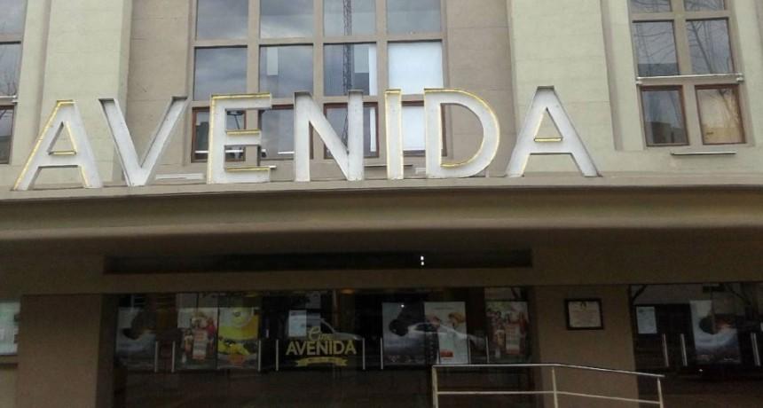 La joven Ana Colato participará de las charlas culturales del Cine Avenida