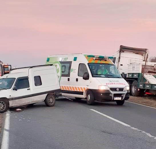 """Marcela Laborde: """"De los 5 hospitalizados tras el accidente, tres fueron dados de alta, una mujer será derivada y la restante se encuentra en Terapia intensiva"""""""