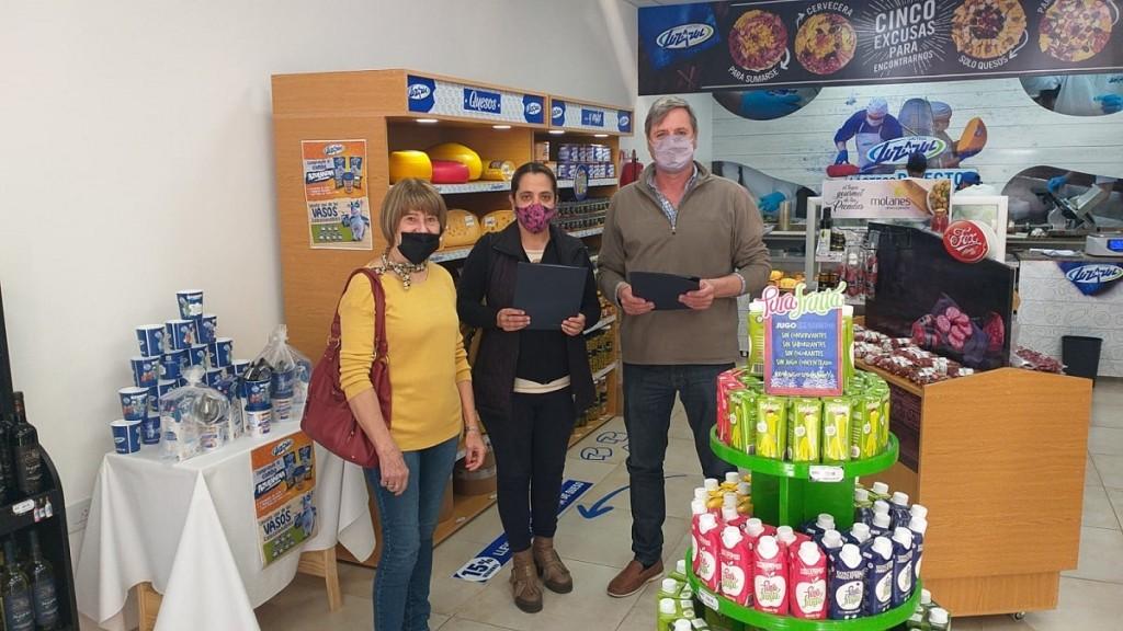 Lácteos Luz Azul sumó al Centro Navarro para seguir dando beneficios a los socios