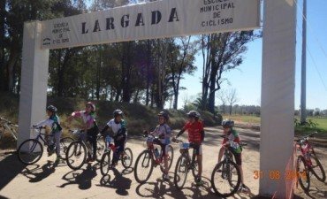 Se realizó un encuentro de ciclismo infantil en Bolívar