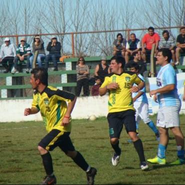 Fútbol Rural: se reavivó la disputa entre dos equipos y agredieron al árbitro de segunda división