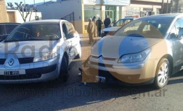 Dos conductores protagonizaron una violenta colisión, afortunadamente sin heridos