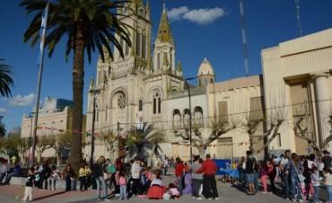 La 'Ronda Catonga' dio el puntapié inicial de actividades en el Centro Cívico