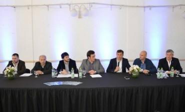El Intendente participó del 'Encuentro de Parques Industriales' en 25 de Mayo
