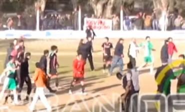 Sobre el final del partido, hubo incidentes entre Progreso y Maderense