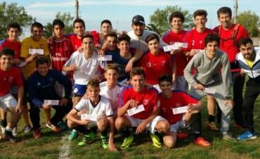 Juegos Estudiantiles: Cervantes y Nacional ganaron en Fútbol