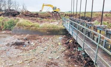 ADOLFO ALSINA Y GUAMINÍ ALIVIADOS: No irá más agua a las encadenadas