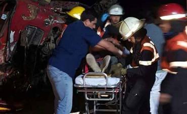 Un camionero bolivarense protagonizó un grave accidente, se encuentra fuera de peligro