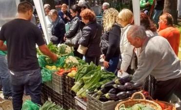 El 'Mercado en tu Barrio' cumple un año con más de 400 ferias mensuales